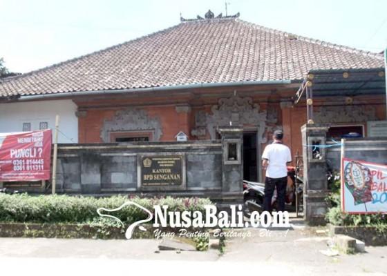 Nusabali.com - kantor-perbekel-senganan-digembok