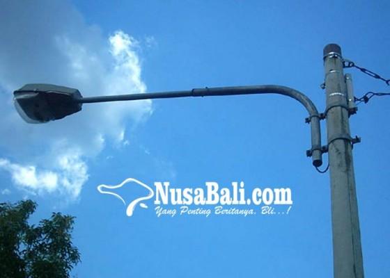 Nusabali.com - pemkab-badung-pasang-lpj-di-1200-titik-di-kuta-selatan