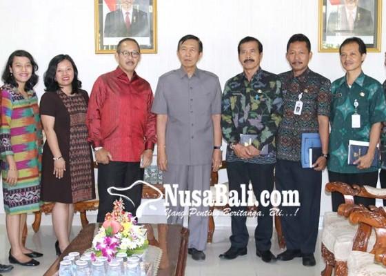 Nusabali.com - komisi-iv-dprd-badung-tinjau-usbn-sd