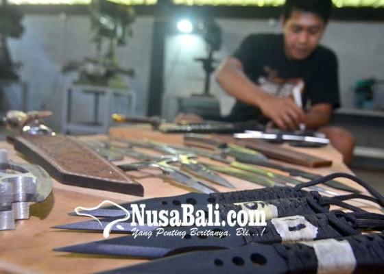 Nusabali.com - ekspor-senjata-pisau