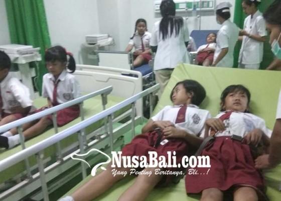 Nusabali.com - 15-siswa-keracunan-es-susu-coklat