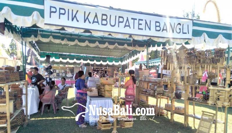 www.nusabali.com-pameran-hut-bangli-diikuti-49-perajin