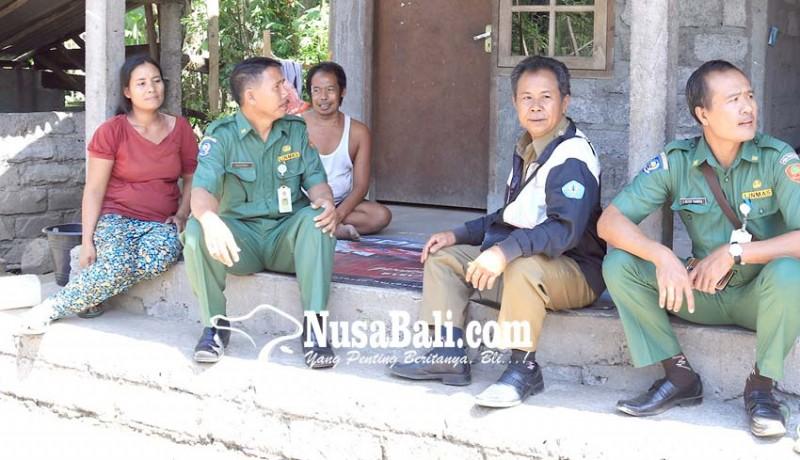 www.nusabali.com-gubernur-bantu-warga-miskin-di-desa-peninjoan