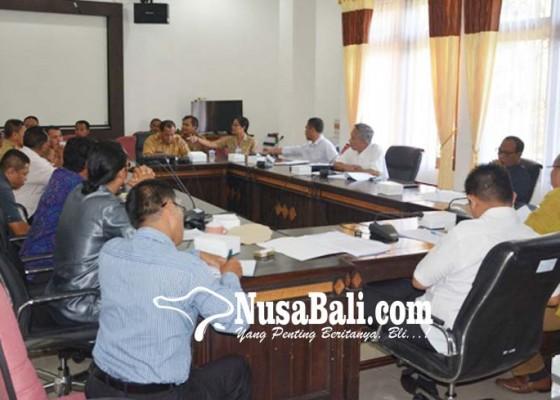 Nusabali.com - lagi-ranperda-inisiatif-bermasalah