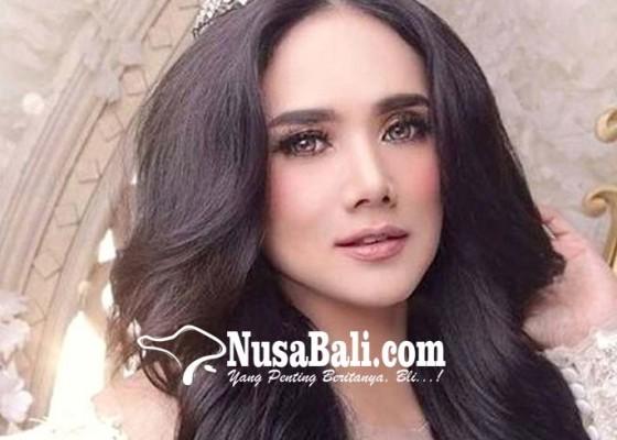 Nusabali.com - diterawang-mulan-jameela-menangis