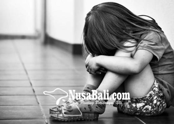 Nusabali.com - pemerkosa-anak-angkat-dituntut-15-tahun-penjara