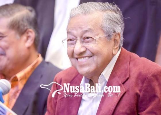 Nusabali.com - mahathir-jadi-pm-tertua-di-dunia
