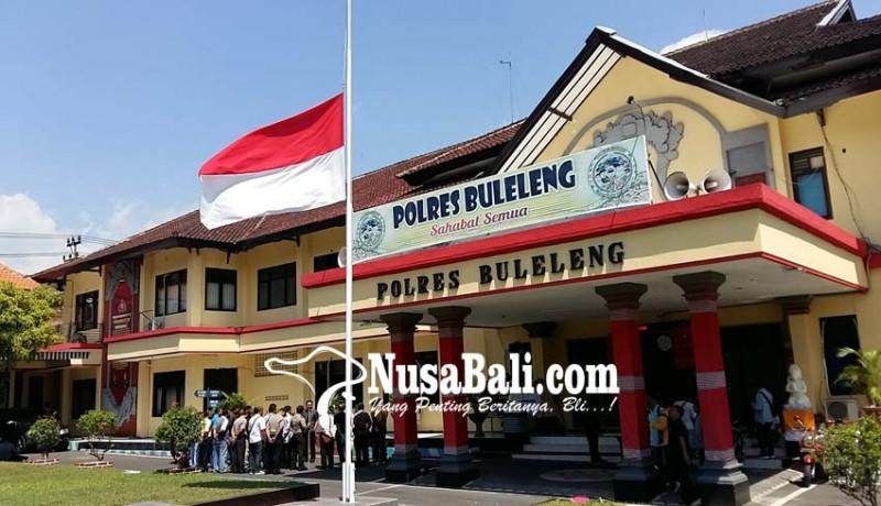 www.nusabali.com-markas-polisi-di-bali-kibarkan-bendera-setengah-tiang