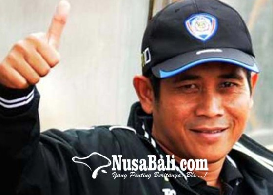 Nusabali.com - dipecat-arema-fc-gethuk-fokus-keluarga