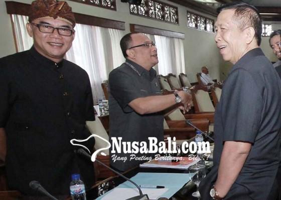 Nusabali.com - dprd-bali-dan-gubernur-sebut-tidak-realistis