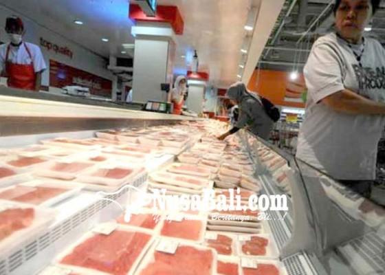Nusabali.com - fluktuatif-pasokan-daging-beku-di-bali