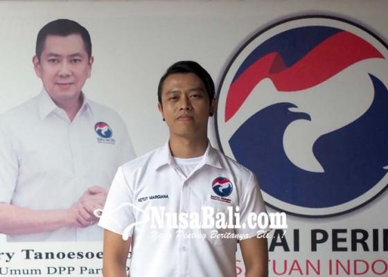 Nusabali.com - penyanyi-pop-bali-asal-klungkung-nyaleg-di-perindo