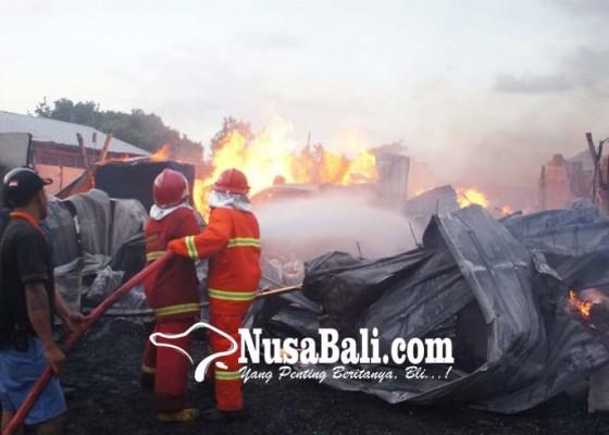 Nusabali.com - pabrik-bambu-di-kusamba-terbakar