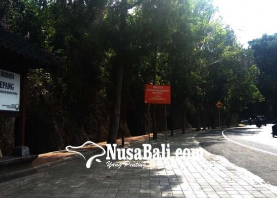 Nusabali.com - dprd-minta-goa-jepang-dan-pura-diselamatkan