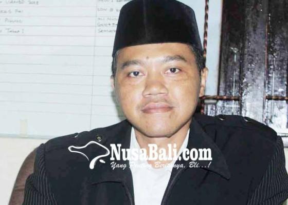 Nusabali.com - satu-guru-agama-islam-mengajar-tiga-sekolah