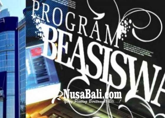 Nusabali.com - banyak-orangtua-murid-datangi-disdikpora-tanya-persyaratan