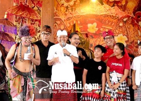 Nusabali.com - koster-ingin-seniman-dapat-pengakuan-dan-apresiasi-layak