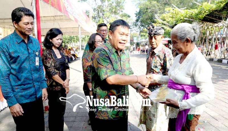 www.nusabali.com-425-kartu-lansia-di-denpasar-didistribusikan