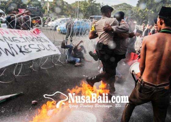 Nusabali.com - kericuhan-aksi-20-tahun-reformasi