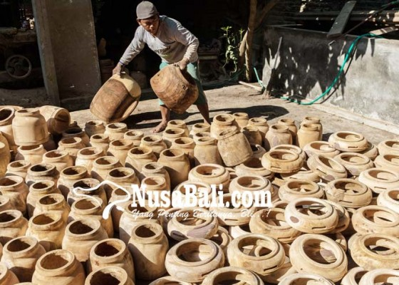 Nusabali.com - pesanan-kerajinan-rebana-meningkat