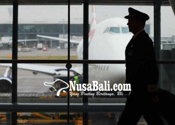 Nusabali.com - 9-pilot-lion-air-dan-1-karyawan-ditahan