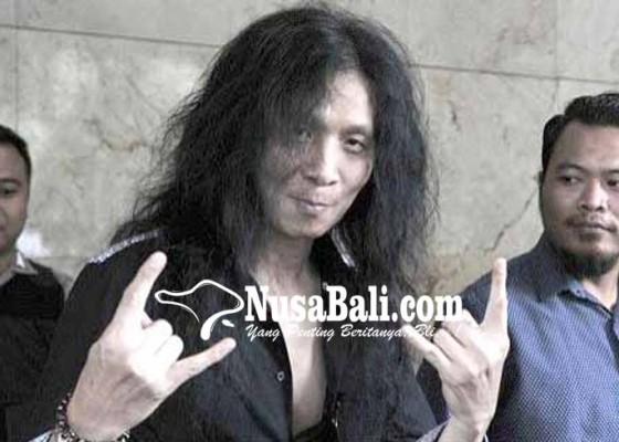 Nusabali.com - eks-gitaris-boomerang-polisikan-media-online