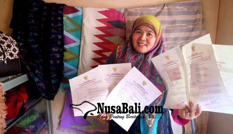 www.nusabali.com-motif-tenun-gedogan-ntb-disertifikasi-hak-cipta