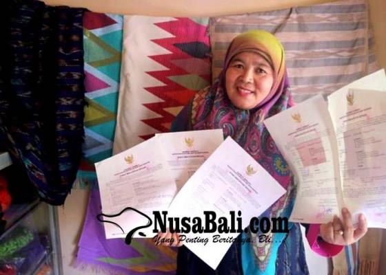 Nusabali.com - motif-tenun-gedogan-ntb-disertifikasi-hak-cipta