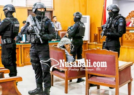 Nusabali.com - pengamanan-sidang-pledoi-aman-abdurrahman