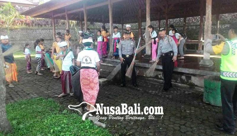 www.nusabali.com-koramil-rendang-ngayah-mareresik-di-besakih