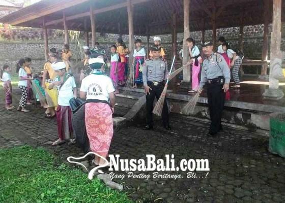 Nusabali.com - koramil-rendang-ngayah-mareresik-di-besakih