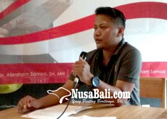 Nusabali.com - fans-dukung-abraham-samad-nyapres