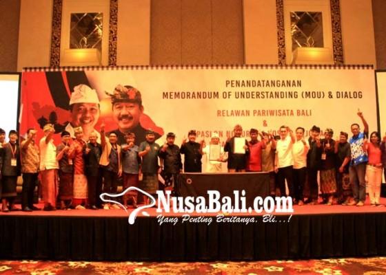 Nusabali.com - relawan-pariwisata-sokong-koster-ace