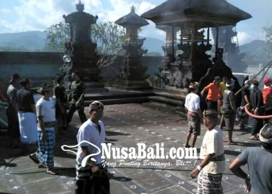 Nusabali.com - bakar-sampah-2-pelinggih-terbakar