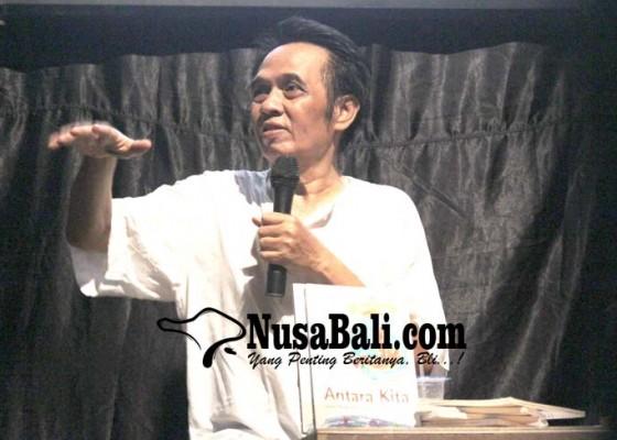 Nusabali.com - buku-puisi-penyair-syahruwardi-abbas-dibedah