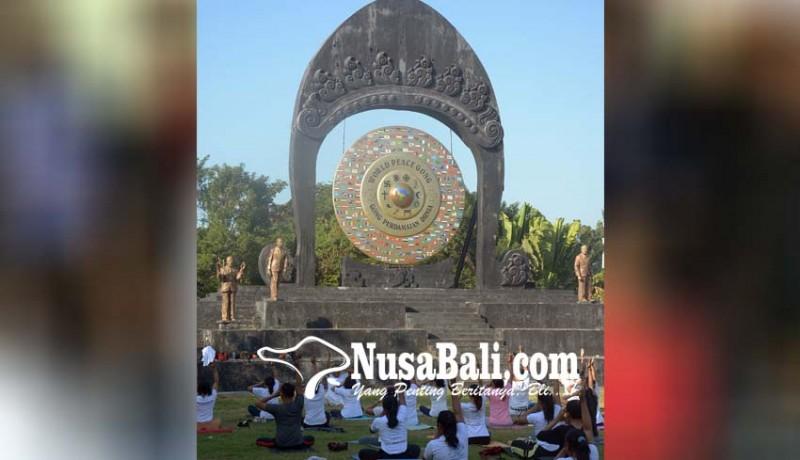 www.nusabali.com-yoga