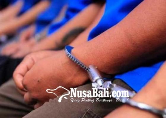 Nusabali.com - polsek-kuta-gulung-puluhan-preman
