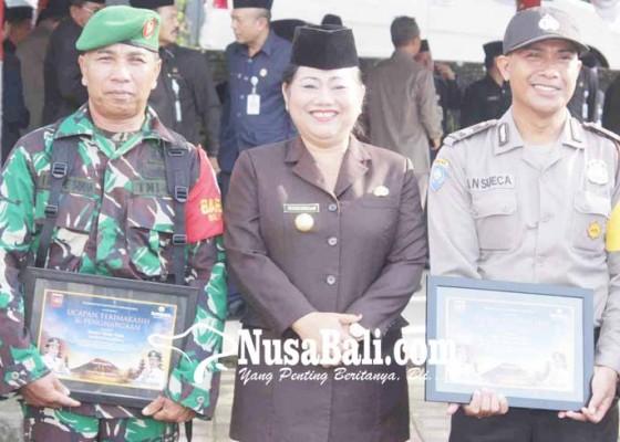 Nusabali.com - babinsa-dan-bhabinkamtibmas-dapat-penghargaan