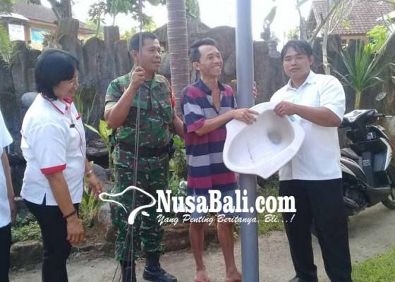 Nusabali.com - warga-kurang-mampu-dibantu-jamban