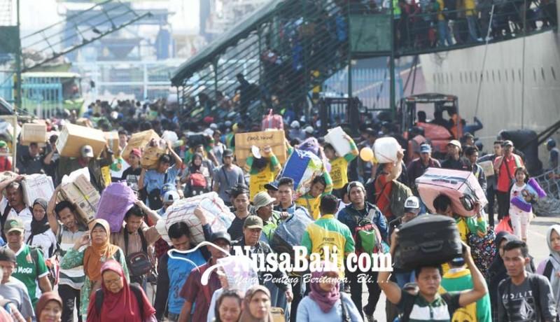 www.nusabali.com-gelombang-mudik-awal
