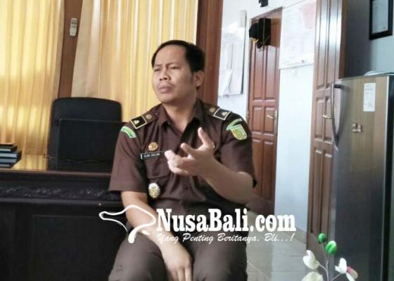 Nusabali.com - ketua-lpd-selat-resmi-tersangka