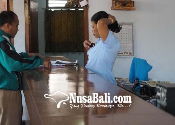 Nusabali.com - lunasi-hutang-di-koperasi-masyarakat-pinjam-kur