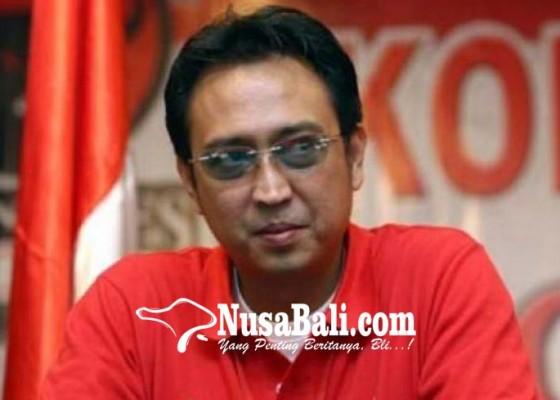 Nusabali.com - prananda-diproyeksikan-tarung-di-bali
