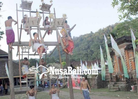 Nusabali.com - ritual-ngestiti-tenganan-pagringsingan