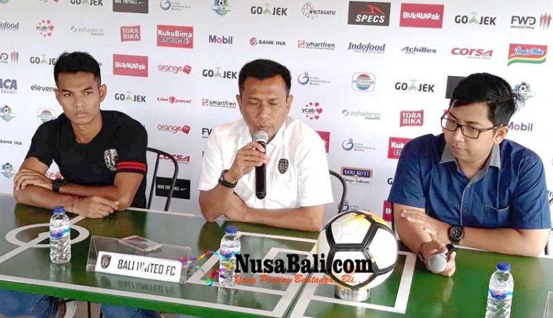www.nusabali.com-antisipasi-kecepatan-lawan-bali-united-vs-persipura-malam-ini