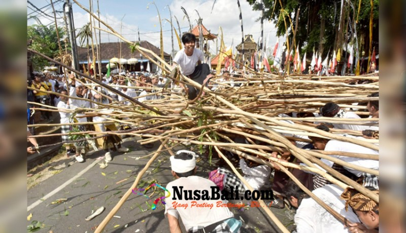 www.nusabali.com-digelar-tiap-hari-raya-kuningan-atas-dasar-pawisik