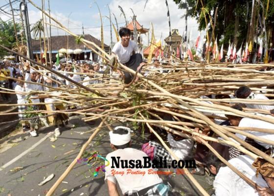 Nusabali.com - digelar-tiap-hari-raya-kuningan-atas-dasar-pawisik