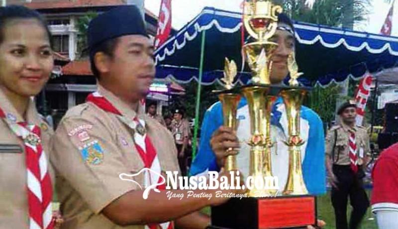 www.nusabali.com-smpn-1-amlapura-dan-manggis-boyong-piala-gubernur