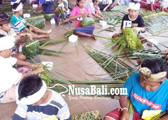 Nusabali.com - siswa-dibiasakan-ngulat-regek