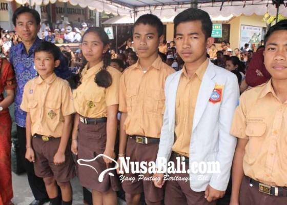 Nusabali.com - 28-siswa-karangasem-diterima-di-smkn-bali-mandara